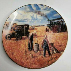 1990 The Danbury Mint Bountiful Harvest Coll Plate